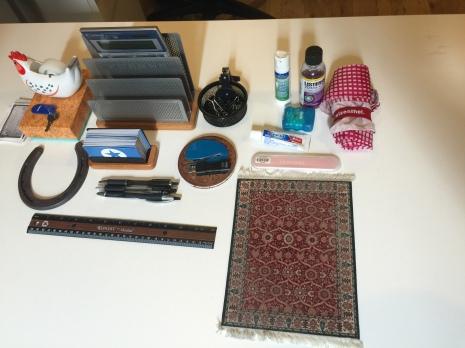 komono or miscl. office desk stuff